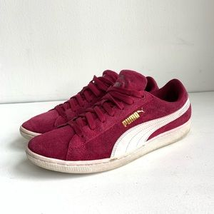 Puma suede burgundy sneakers size 9